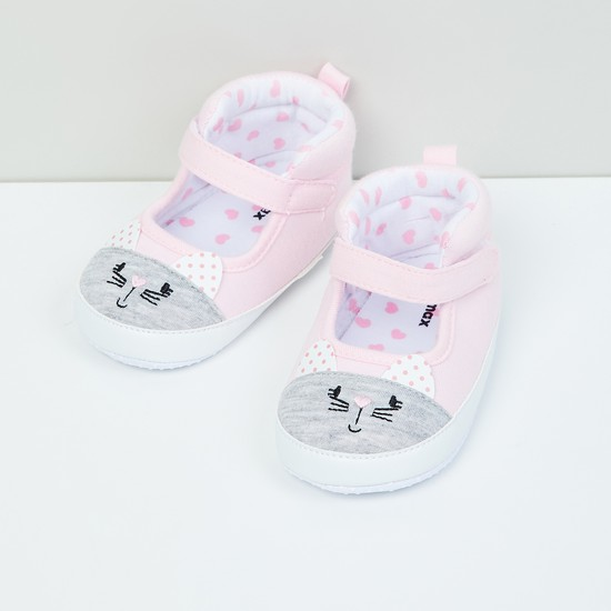 MAX Cat Patterned Booties