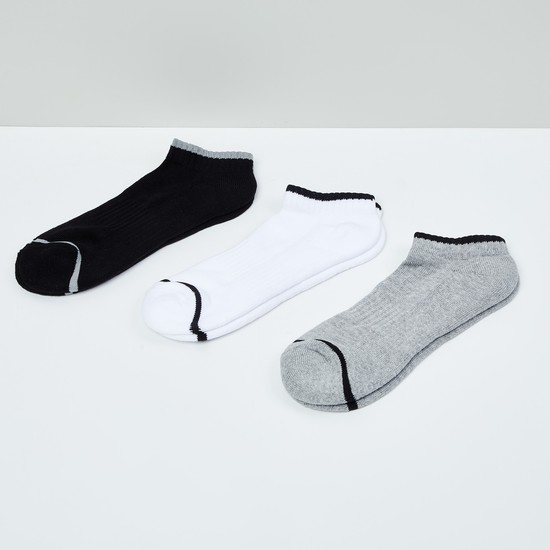 MAX Solid Socks- Pack of 3