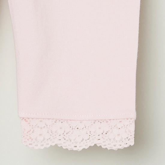 MAX Solid Lace Trimmed 3/4th Leggings