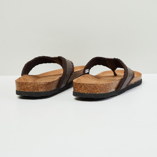 MAX Quilted V-strap Sandals