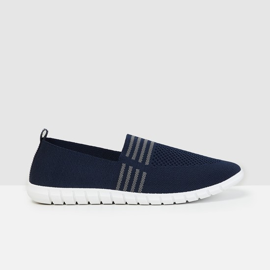 MAX Textured Low-Top Slip-On Shoes