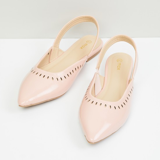 MAX Solid Pointed Toe Ballerinas