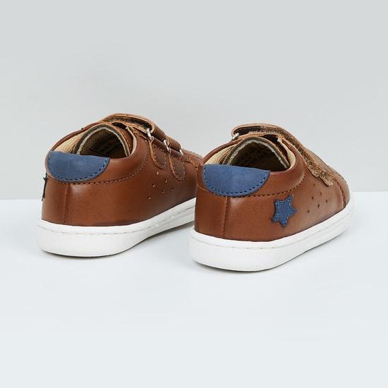 MAX Applique Velcro Strap Casual Shoes