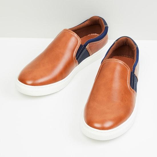 MAX Colourblocked Casual Slip-On Shoes