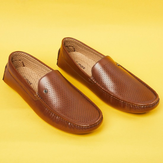 MAX Textured Loafers