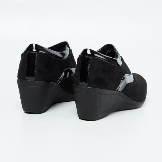 CATWALK Embellished Panelled Boots