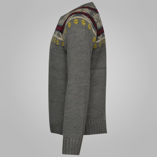 MAX Crew Neck Sweater
