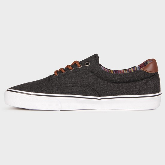 MAX Casual Canvas Sneakers