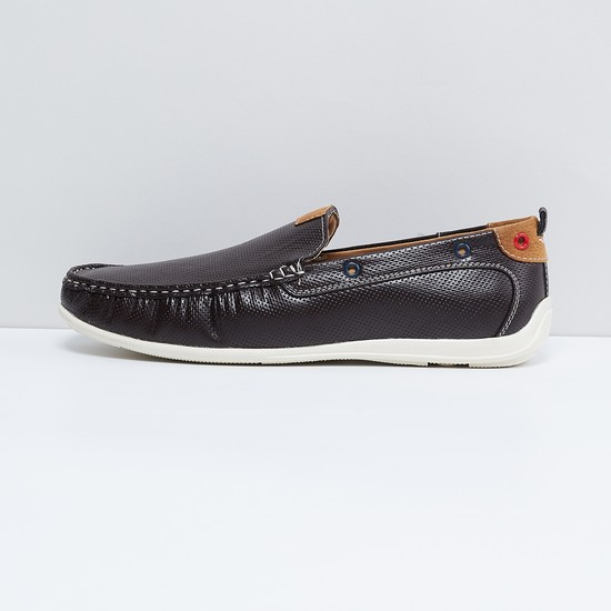MAX Textured Colourblock Loafers