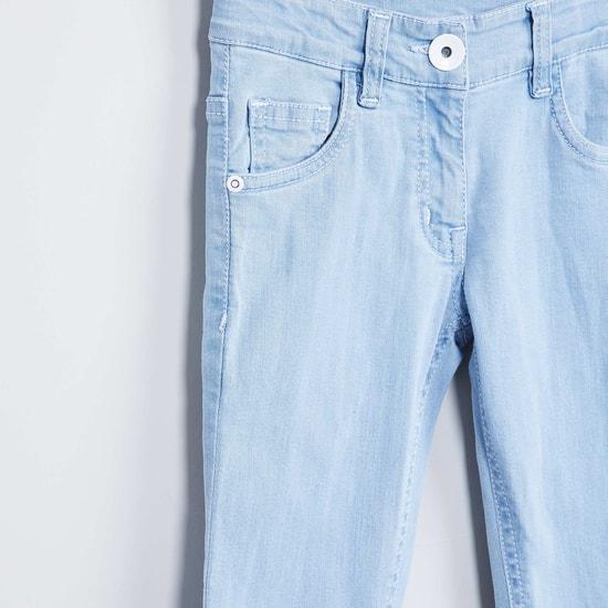 MAX Applique Detail Frayed Hem Jeans