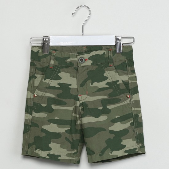 MAX Camoflague Print Shorts
