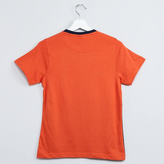 MAX Colourblocked Crew Neck T-shirt