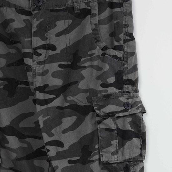 MAX Camouflage Printed Capris