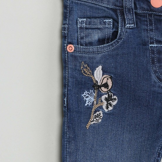 MAX Lightly Embroidered Detail Slim Fit Jeans