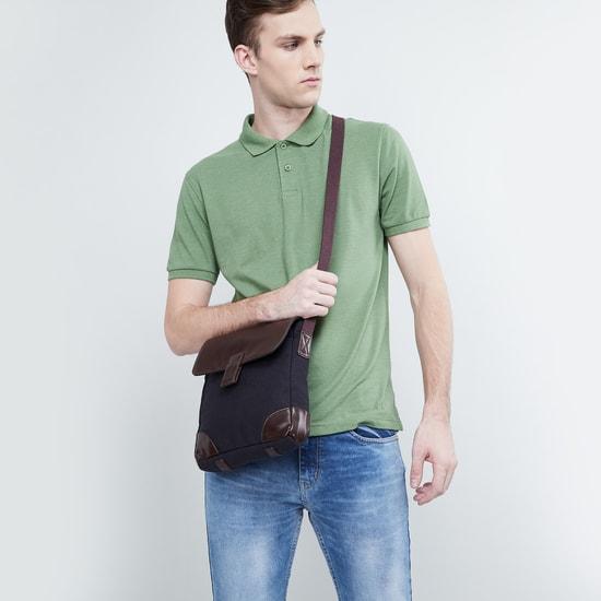 MAX Colourblock Textured Sling Bag