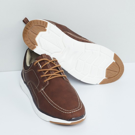 MAX Laser-cut Detailed Lace-Up Shoes