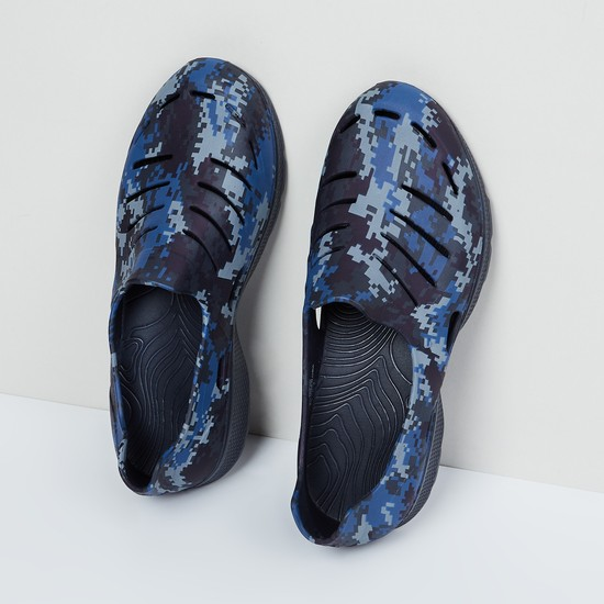 MAX Printed Shoes with Cut-Out Detailing