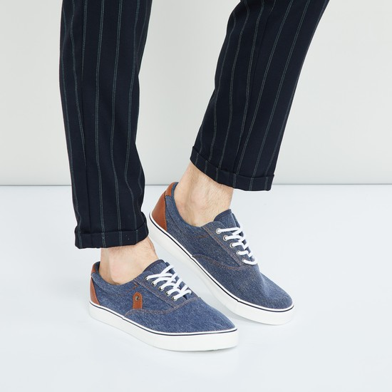 MAX Textured Shoes with Lace-Up Detailing