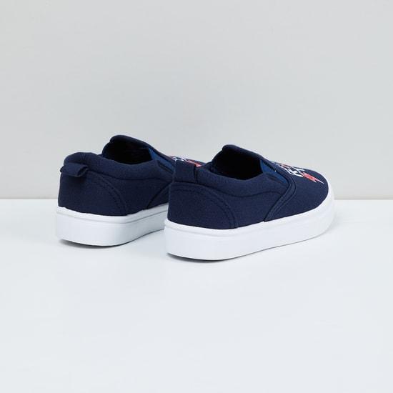 MAX Slogan Print Low-Top Slip On Shoes