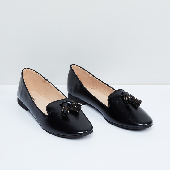 MAX Solid Tassel Loafers