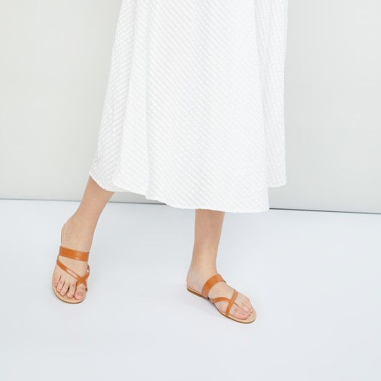 MAX Solid One-Toe Flats