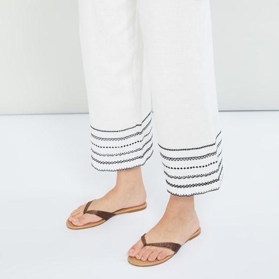 MAX Glittered V-strap Flats