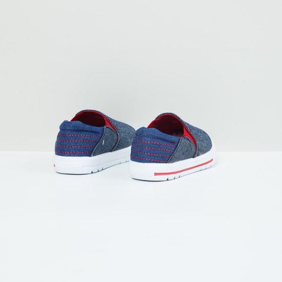 MAX Textured Colourblock Slip-On Shoes