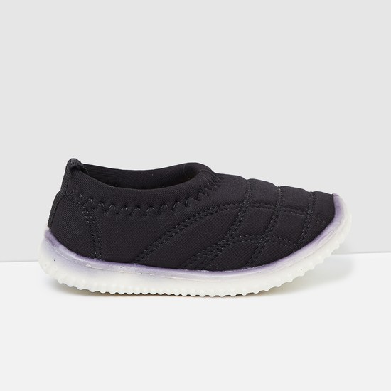 MAX Quilted Slip-On Casual Shoes