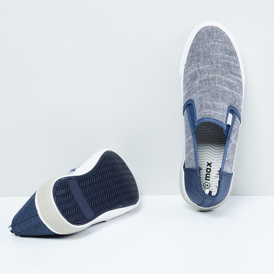 MAX Textured Colourblock Plimsols