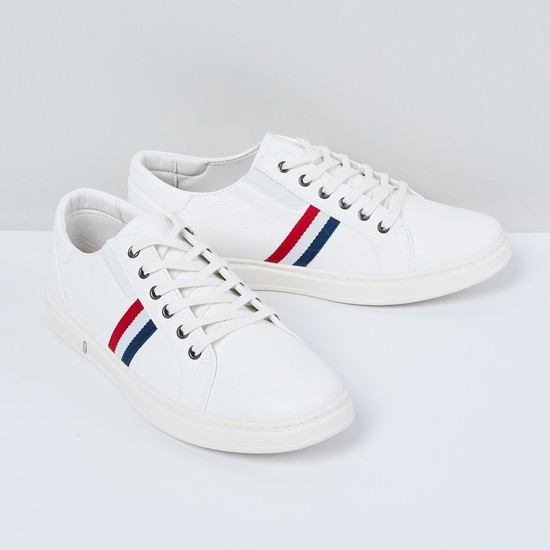MAX Textured Casual Shoes with Contrast Taping