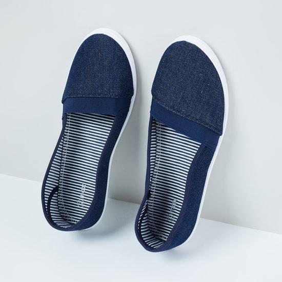 MAX Toe-Cap Panelled Plimsolls