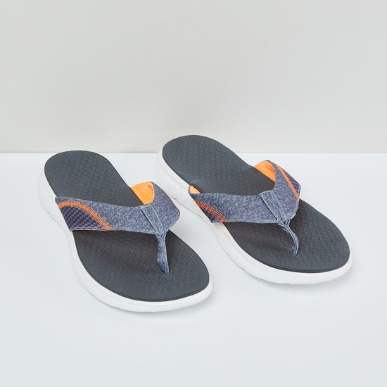 MAX Textured Flip-Flops