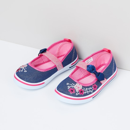 MAX Embroidered Ballerina Shoes