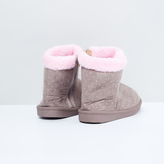 MAX Printed Ankle Length Uggs with Zip Closure