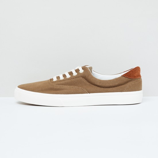MAX Solid Lace-Up Shoes