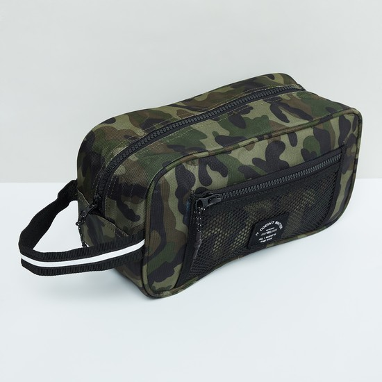 MAX Camouflage Print Zip-Closure Toiletry Pouch