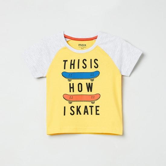 MAX Typographic Print T-shirt with Raglan Sleeves