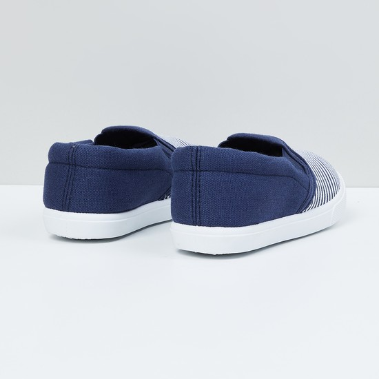 MAX Striped Canvas Shoes