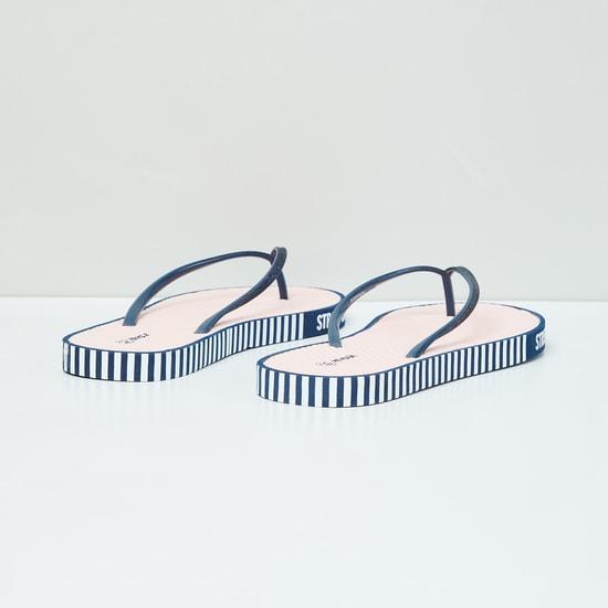 MAX Glitter Textured Flip-Flops