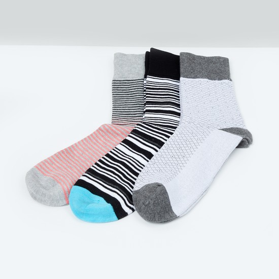 MAX Striped Socks- Set of 3