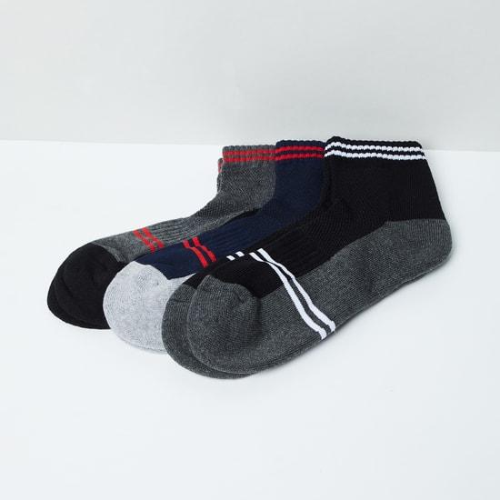MAX Striped Socks- Set of 3