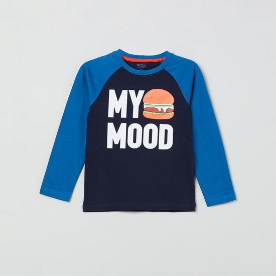 MAX Typographic Printed Raglan Sleeves T-shirt