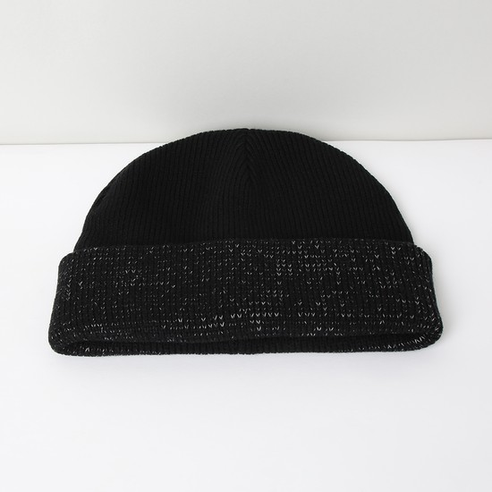 MAX Shimmery Beanie