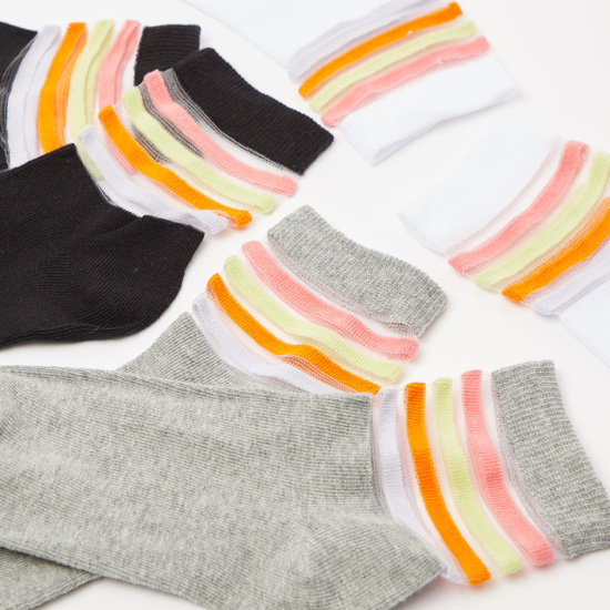 Set of 3 - Solid Ankle Length Socks with Striped Patterns