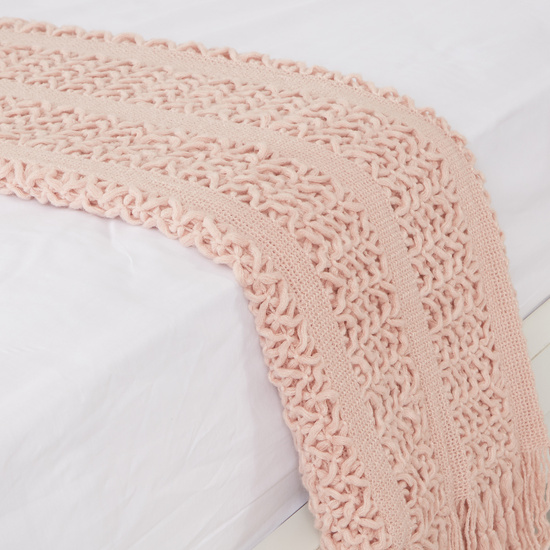 Textured Bed Throw with Tassels - 152x127 cms