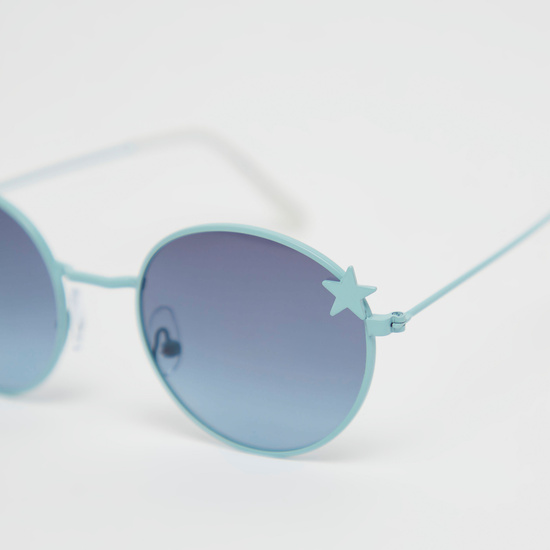 Full Rim Round Sunglasses with Star Applique Detail and Nose Pads