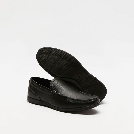 حذاء كاجوال سهل الارتداء سادة