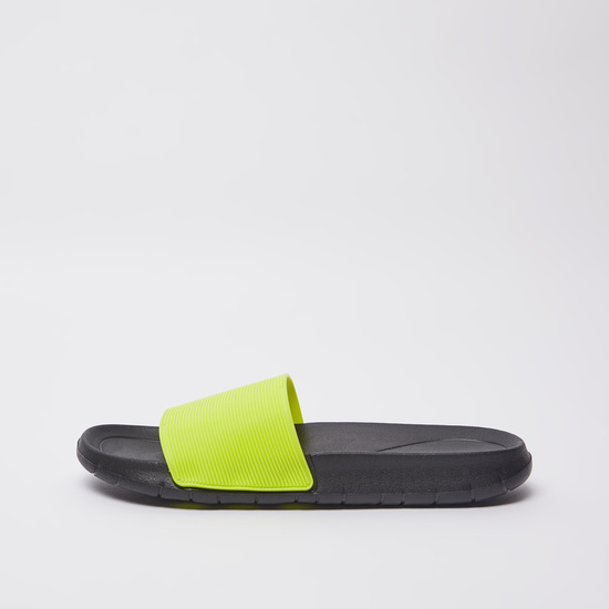 Textured Slides with Vamp Band