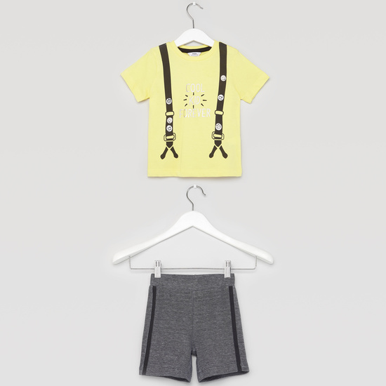 Printed Round Neck T-shirt with Textured Shorts