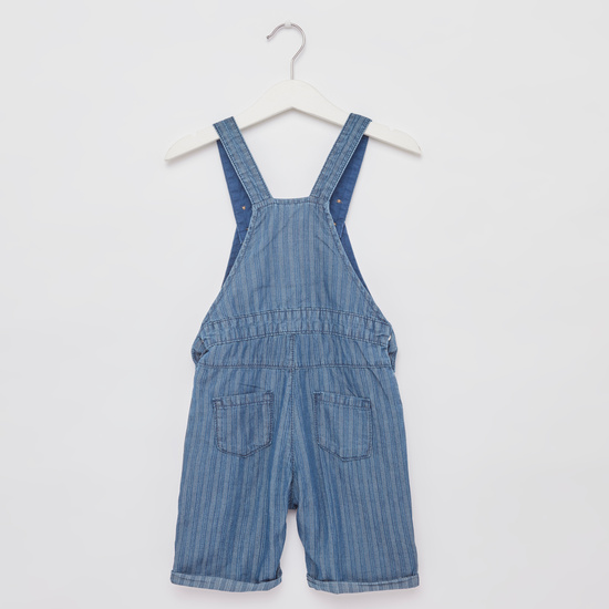 Printed Round Neck T-shirt with Denim Dungarees
